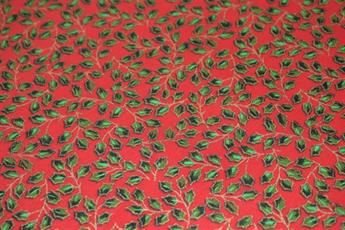 100% Cotton Christmas Vintage Holly