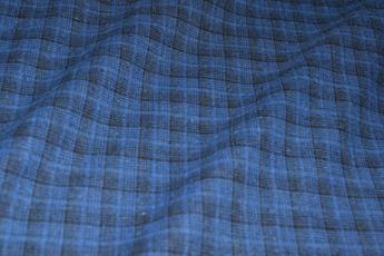 Classic Yarn-Dyed Tartan